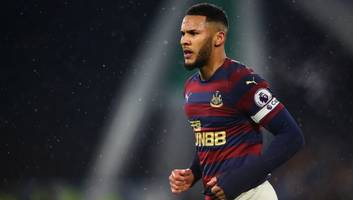 Huddersfield Fans Vent Their Anger on Twitter at Decision Not to Send Off Jamaal Lascelles