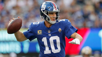 report: eli manning 'playing his way' onto giants' 2019 roster