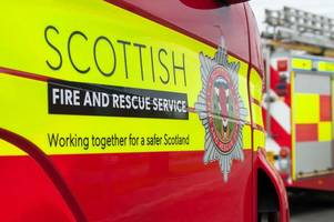 busy edinburgh nightclub evacuated and fire crews called over gas fears