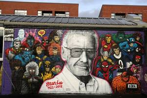 marvel comics creator stan lee honoured with huge mural in glasgow