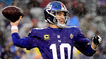 giants to start eli manning vs. colts despite week 15 shut-out loss