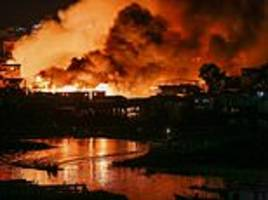 Fire engulfs 600 stilt homes in Brazil city Manaus