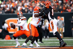 NFL Week 16 Expert Best Bets: Dolphins and Browns Desperate for Wins