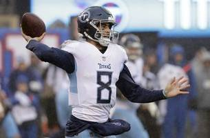 Titans give Marcus Mariota rave reviews for punishing block