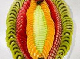 juicy! 'exotic' fruit platter with a very suggestive arrangement raises eyebrows