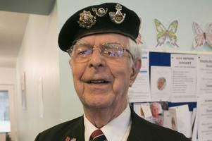 Family continue effort to find D-Day veterans stolen bag and photos as police close case
