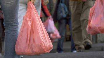 UK Wants To Double The Charge For Disposable Plastic Bags