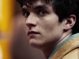 netflix's 'black mirror: bandersnatch' is an interactive movie with 5 different endings, and fans can expect more 'black mirror' in 2019