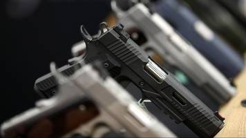 ohio lawmakers overturn governor's veto on gun owner rights bill