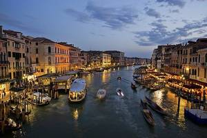 Venice to charge all visitors to access historic center