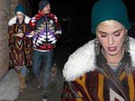 katy perry steps out in stylish coat during snowy aspen vacation