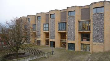 firearms dealer cleared of 'stolen' rifles charges