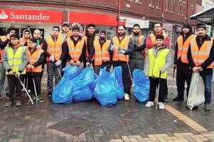 meet kind young muslims who scrubbed streets after new year celebrations