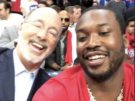 meek mill teases mystery bikini woman & sparks dating speculation