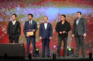 a star-studded launch for elan epic