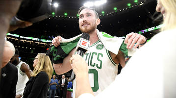 can gordon hayward get his groove back?