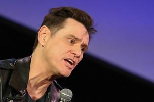 jim carrey takes stock of trump's record in blunt twitter post