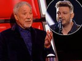 the voice leaves fan in tears after tom jones' duet with lonny donegan's son but some brand 'a fix'