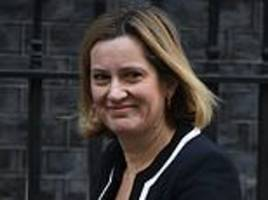 next phase of universal credit to be overhauled amid fears of a tory revolt