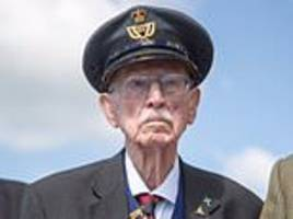 One of the last remaining veterans of the Dunkirk evacuation dies aged 98