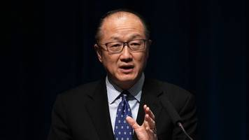 world bank group president to step down