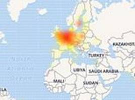 Tinder Swipeout: Popular dating app CRASHES  for hundreds of users around the world