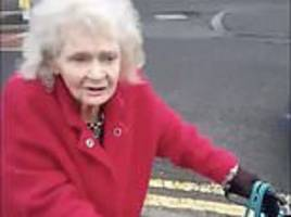 heartbreaking video prompts strangers to set up fundraising page for elderly woman
