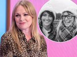 emmerdale star michelle hardwick reveals she proposed with a flashmob