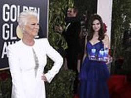 jamie lee curtis, 60, slams fiji water girl at the golden globes for stealing the red carpet