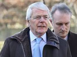 john major leads mourners at funeral of former lib dem leader paddy ashdown
