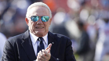 thursday's hot clicks: jerry jones bought a $250 million yacht the size of a football field