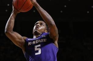 barry brown's last second layup leads kansas state past no. 20 iowa state