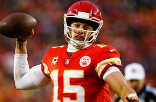 nick wright evaluates patrick mahomes' performance in chiefs win over the colts