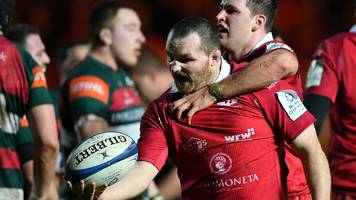ken owens: scarlets boss pivac praises forward's 'heart and soul' displays