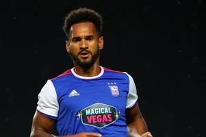 plymouth argyle 'agree terms' with ipswich town striker