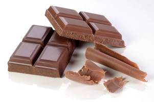 Doctor says chocolate is better for curing your cough than cough syrup