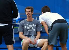 On bad hip, Andy Murray out in 1st round of Australian Open