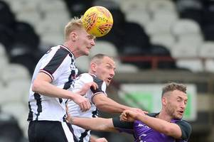 how did hull city trialist adam curry get on for grimsby town's reserves?
