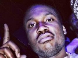Meek Mill Tells All Rappers, Singers, Producers, CEO's & A&R's He's Nice W/ The Dice