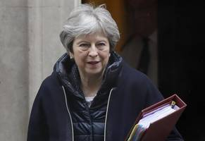 Brexit news - live: Theresa May faces huge defeat and vote of no confidence in ...