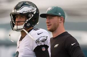 cris carter: 'carson wentz needs to come back with 'a little more nick foles in him'