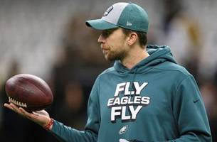 skip bayless makes the case for why the eagles should keep nick foles