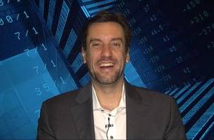 Clay Travis like Kansas City to win by double digits against New England