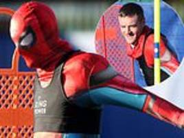 jamie vardy trains in spider-man costume and pranks boss claude puel