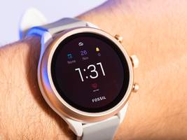 google paid $40 million for a mystery piece of smartwatch technology from fashion brand fossil (goog, googl, fosl)