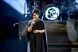 gladys knight to perform the national anthem at super bowl liii