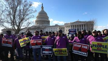 bill would offer financial relief for federal workers during shutdown