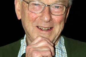 tributes to the voice of small business in mid devon, chris prentis