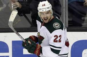 Wild trade Niederreiter to Carolina for forward Rask