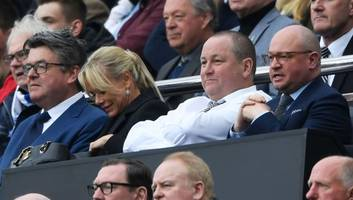 newcastle owner mike ashley demanding £200m up front to enter negotiations for club sale